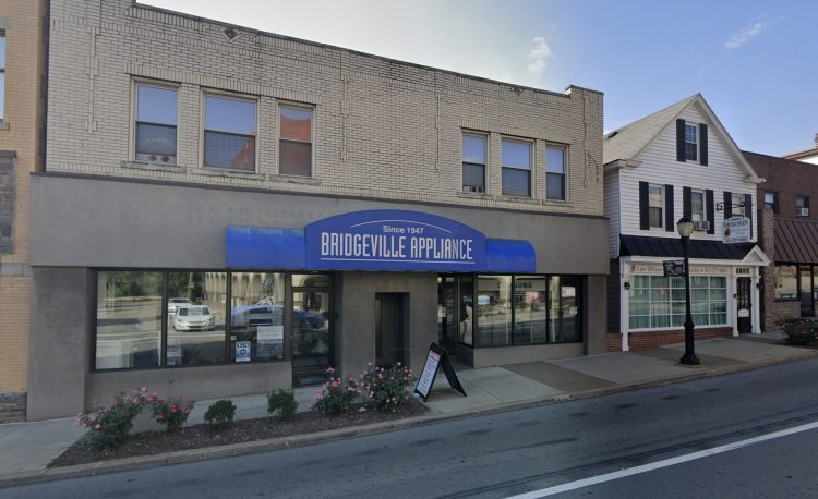 Bridgeville Appliance as seen from Washington Avenue